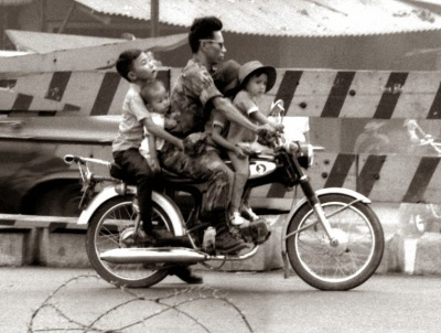 family+saigon+1975+1.jpg